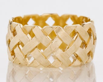 Vintage Band - Vintage 14k Yellow Gold Criss-Cross Pattern Wide Band