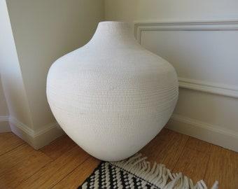 Large Modern Corrigated Carboard Paper White Vase - Vintage 1980's Chicago Flute