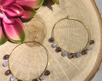 Mixed lavendar and purple faceted glass stone delicate hoop.