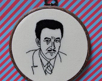 Hand embroidered portrait of actor Peter Sellers - hoop art wall decor