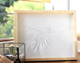 Tableau perroquet papier découpé blanc, papercut sur fond aquarelle fait main, cadre 30x24cm