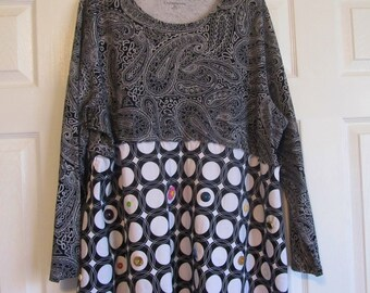 Plus size tunic, Recycled clothing, Slow fashion, 3xl Ladies top, altered clothes, black and white