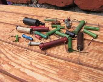 Set of 28 vintage capacitors, Steampunk supplies, Old capacitors and resistors, Electronic parts, Electronic mix, TV parts