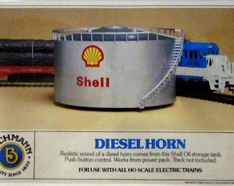 Vintage 1979 HO Scale Bachmann Shell Oil Diesel Horn Model #1435 **MIB**