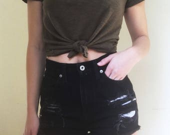 Black vintage high waisted distressed jean shorts