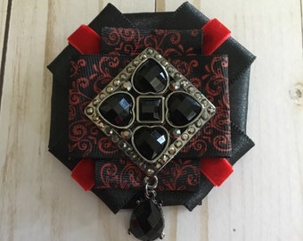 Dark Love brooch