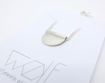 silver half circle necklace, silver half moon necklace, everyday necklace, dainty silver necklace