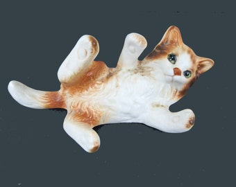 Lefton Playful Orange Tabby Kitty Cat Figurine Perfect Condition! (H2942) Made in Japan