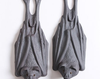 Pair of  bats - Stoneware pottery