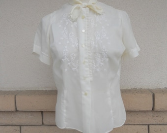 Vintage Feminine Embroidered Blouse Semi Sheer w/Pussycat Bow