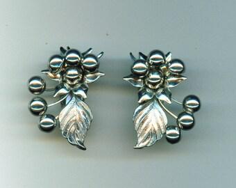 Vintage Mistletoe Earrings