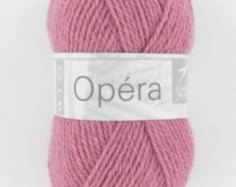 OPERA No. 056 white horse old pink color yarn