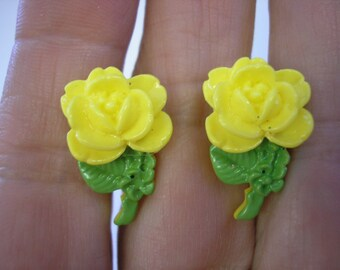 "Tween Clip Earring - Rose - Yellow - 1"" x 1/2"""