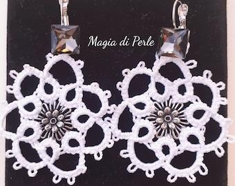 Flower Earrings, white shuttle tatting, 7 cm, mod. DAISY