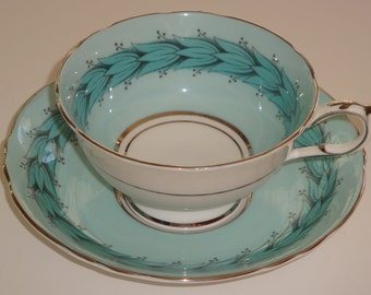 DW Paragon England Garland of Leaves Cup and Saucer