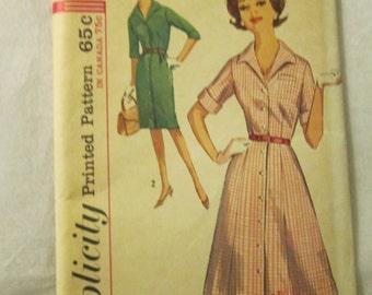 1960's Ladies Simplicity Dress Pattern Size 24