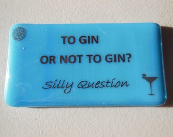 Gin and wine fridge magnets in glass, Bombay Sapphire, Gordons, fun gift 10cm x 5cm and 6cm x 4cm