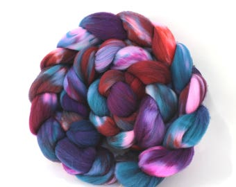 4oz SWTarghee 'Don't Bruise the Berries' Combed Top Spinning Fiber Superwash Roving Spinning Fibre Dyed Wool Batt
