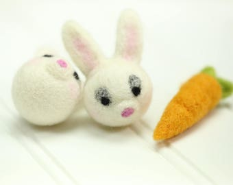 Felt Bunny // Felt Bunnies // Easter Bunnies // Easter Bunny // Felt Rabbits // Easter Rabbit // Felted Bunny