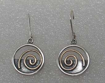"5/8""  Modern Mixed Meta Spirall Hoop Earrings"