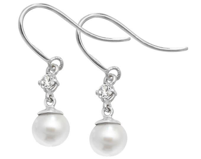 9ct Gold Cubic Zirconia & Freshwater Pearl Hook Drop Earrings