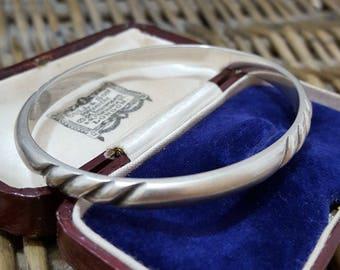 Vintage Sterling Silver Bangle, Handmade, Slip-on Bangle, 24 Gr