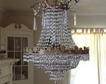 WOW! HUGE! 10 Light Antique Brass Chandelier w/ Flowers ~ Vintage Shabby Cottage Chic ~ Old Hollywood Regency ~ Over 1000 Crystal Prisms