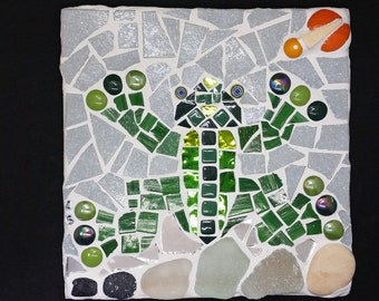 frog in a pond mosaic tile