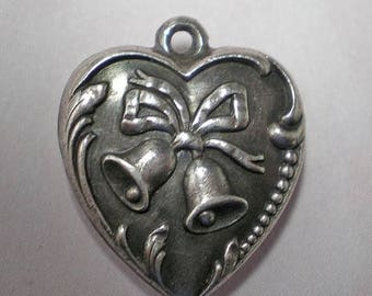 Vintage 1950s Puffy Heart Charm   Wedding Bells Front Catherine Back  Item: 15592