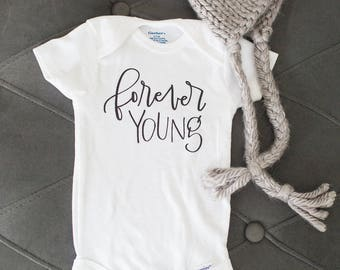 Forever Young // Newborn Bodysuit, Baby Outfit, Welcome Baby, Baby Shower, Expectant Mother, Pregnancy, Motherhood, Boho