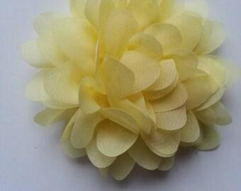 fleur mousseline jaune  10cm
