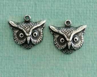 2 Silver Owl Charms 2602