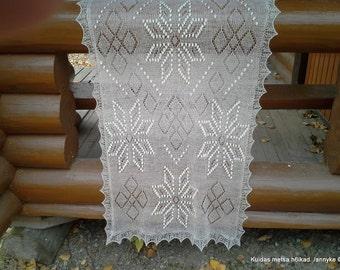 """Hand knitted Haapsalu shawl """"Crownprince pattern"""", traditional Estonian lace, 100% wool."""