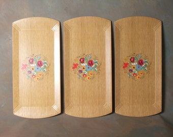 Vintage Trays, Haskelite, Floral Design, Serving Tray, Made in Chicago 1940's