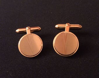 Signed Christian Dior Classic Vintage Gold Tone Cuff Links