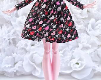 Monster High long sleeved dress ( Pink Valentines )