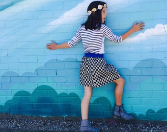 SALE * Black aTulips Skirt by Sukie - size 6/7