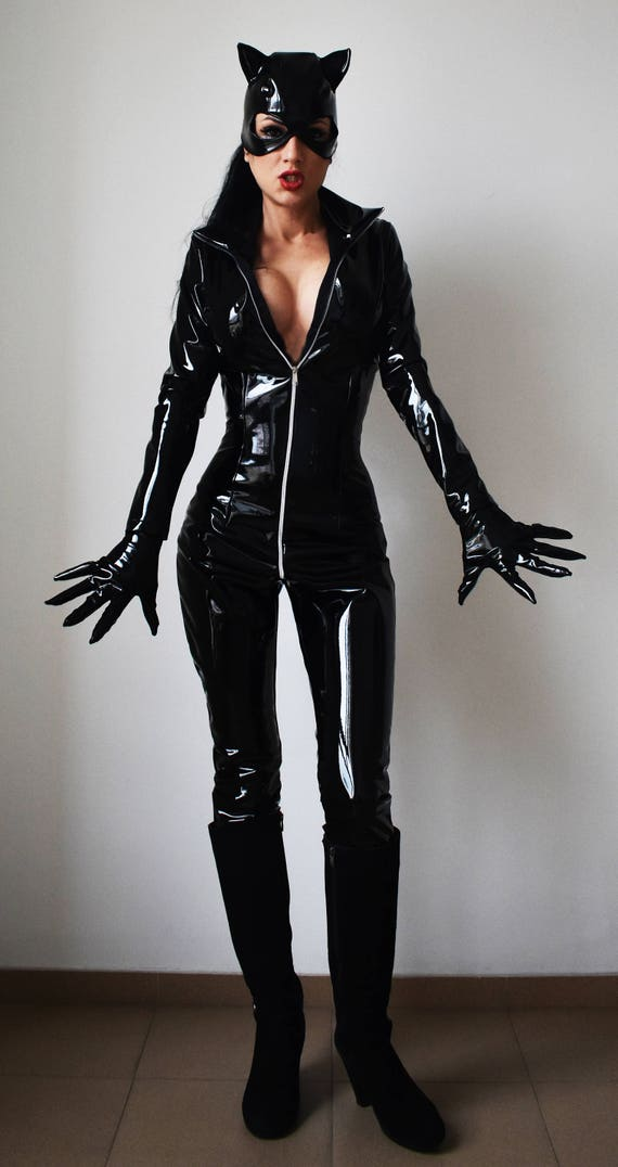 Sexy Catwoman latex ot faux leather Costume flirty lookCat
