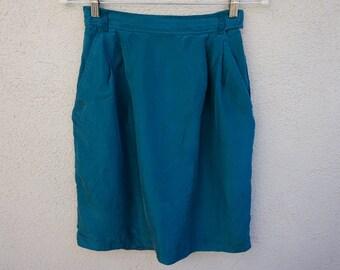 80s 90s Teal Silk Skirt, Knee Length Skirt, High Waist Skirt, High Waisted Skirt, Teal Skirt, 90s Clothing, Green Conservative