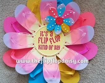 "Beautiful ""It's a Flip Flop Kind of Day"" Flip Flop Wreath Door Wall Decor Unique Gift So Adorable"
