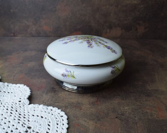 Vintage Trinket box Vintage box Porcelain Jewelry box Vintage jewelry box Limoges porcelain Vintage porcelain Antique jewelry boxTrinket box
