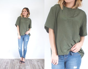 Large olive green blouse // green shirt blouse // army green top // oversized blouse top // boxy top large shirt oversized fall // summer