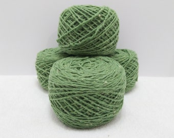 Recycled Worsted Weight 80/20 wool/nylon in Tweed green 835 yards available
