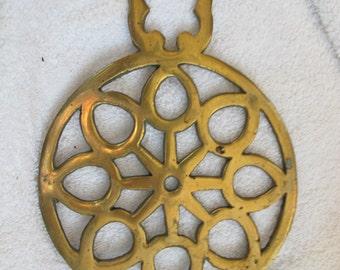 Vintage round brass trivet / cutwork brass trivet / brass kitchen decor / country kitchen decor