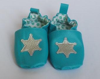 """Chaussons bébé """"étoile de shérif"""" taille 18/19"""