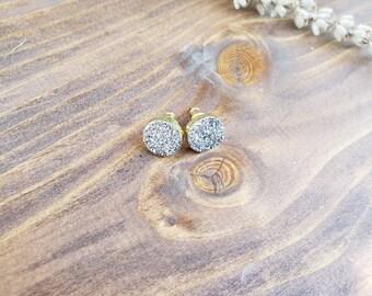Natural druzy quartz earrings, quartz earrings, white druzy, natural gemstone, gold earrings, silver earrings, natural stone earrings round