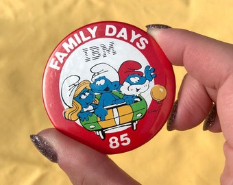Vintage 1985 The Smurfs IBM Technology Computers Silicon Valley CA Family Days Button Pin