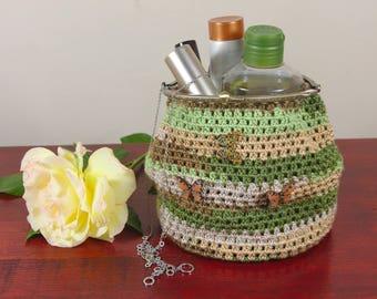 Crochet cosmetic bag, makeup bag, fashion bag, art bag, toiletry storage