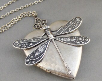 Hearts Dragonfly,Dragonfly Locket,Dragonfly Necklace,Locket,Dragonfly Locket,Antiqued,Charm,Silver Locket,Antique Locket. Valleygirldesigns.