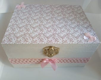 Wooden box, jewelry or other white and pink